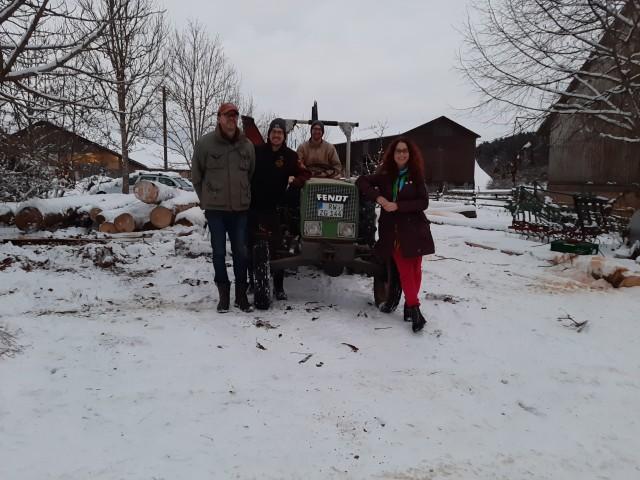 Sonja Rajsp auf dem Biolandhof Familie Dürr